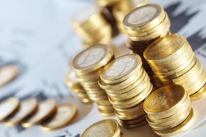 Euro Münzen gestapelt